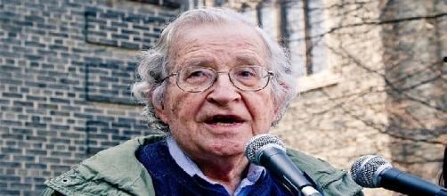 Noam Chomsky (Credit: Andrew Rusk - wikimedia.org)