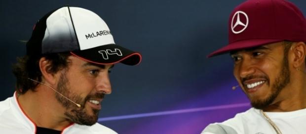 Button compare Hamilton et Alonso! - F1 (Crédit image : sports.fr)