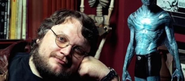 Il regista Guillermo Del Toro ha insultato pubblicamente Konami