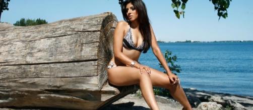 Celebrity Online Today: Miss Pakistan in a Bikini - blogspot.com
