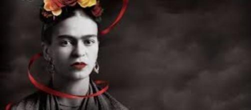 Frida Kahlo self-portrait at Dali Museum FAIR USE flipboard.com Creative Commons