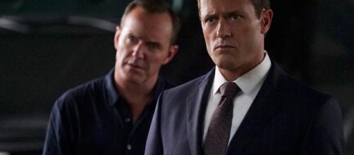 Ghost Rider Is Coming for Phil Coulson in This Agents of ... - eonline.com