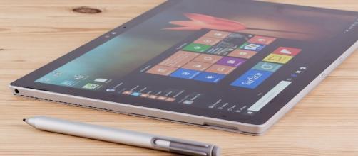 Microsoft's next-gen Surface Pro 5 tablet with Stylus (via http://www.pcadvisor.co.uk)