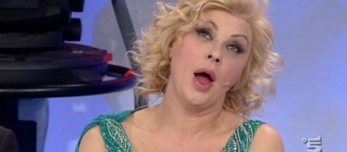 Tina Cipollari sarà una concorrente dell'Isola dei Famosi 2017? - melty.it
