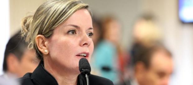 Senadora Gleisi Hoffmann tem sigilo telefônico quebrado