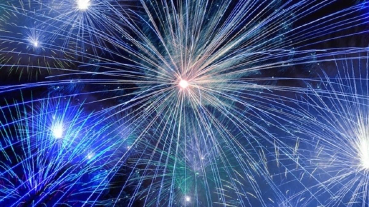 Frasi Divertenti Per Capodanno E Messaggi Spiritosi Da Inviare