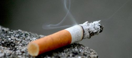 A nicotina presente no cigarro pode viciar