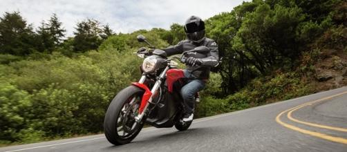 Além do motor, a bateria das motos também passou por atualização