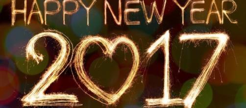 Frasi di auguri di Buon anno 2017.
