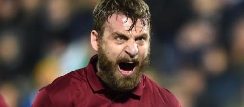 De Rossi capitano della Roma vittoriosa nel Derby