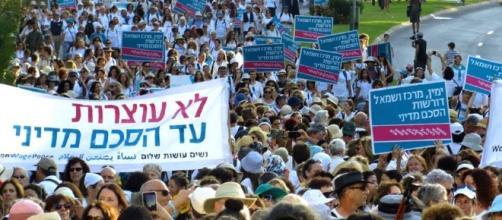 Foto tratta dal sito Woman Wage Peace, scatto di Ariane Littmann
