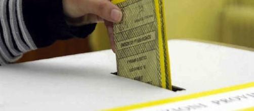 Tessera elettorale: Se completa di timbri meglio rifarla prima del ... - ravennawebtv.it