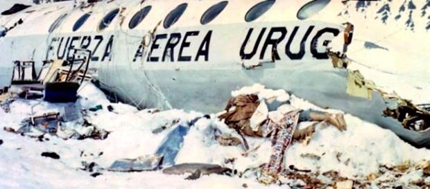 Acidente com avião que transportava equipe de rugby uruguaia teve 16 sobreviventes