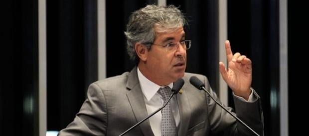 Petista Jorge Viana assume a presidência do Senado Federal
