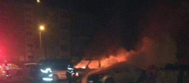 Trei autoturisme în flăcări pe Al Macilor