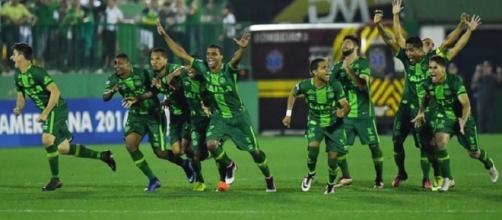 Chapecoense é declarada campeã da Sul-Americana 2016 (Foto: Reprodução)