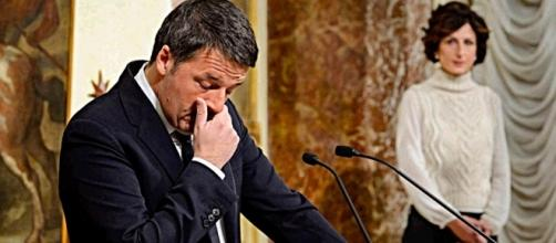 L'immagine simbolo del discorso delle dimissioni di Renzi