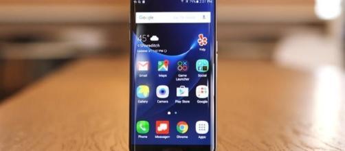 L'S7 Edge resta uno dei migliori smartphone sul mercato