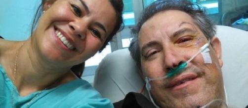 Rafael Henzel, no hospital com a esposa