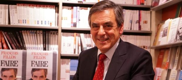Dédicace Francois Fillon - opinion - CC BY