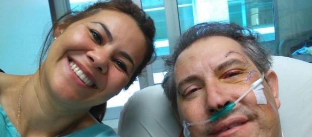 Henzel ao lado da esposa, Jussara (Foto: Reprodução/ Facebook)