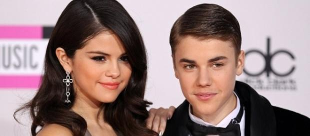 Justin Bieber não escondeu a sua situação amorosa