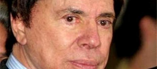 Silvio Santos admite que acreditou em tudo que a cigana disse e por isso não concede entrevistas por medo da morte.