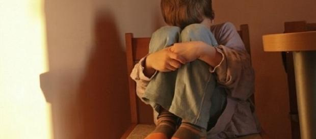 Todos os dias centenas de crianças são violentadas no Brasil.