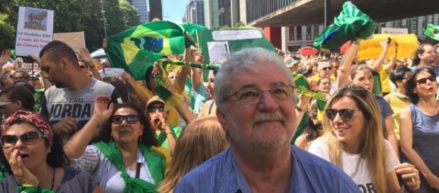 Vereador Gilberto Natalini (PV) participou de protesto na Avenida Paulista (Foto: Reprodução / Facebook)