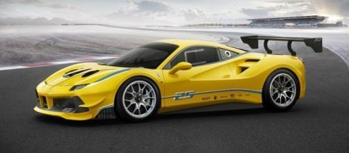 Ferrari 488 Challenge é destinada para disputar provas da categoria GT3