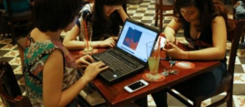 Vietnam prohíbe discutir sobre política en internet - BBC Mundo - bbc.com
