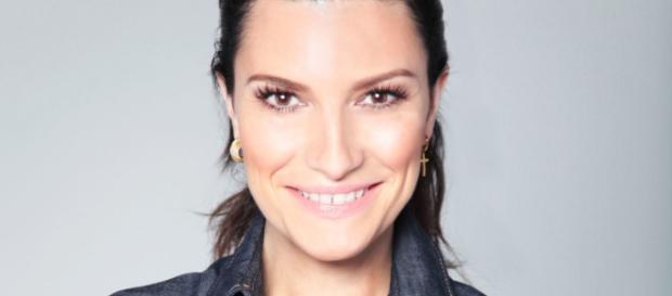 Laura Pausini, inizia un magico 2016: nuove date per il Tour Stadi ... - correttainformazione.it