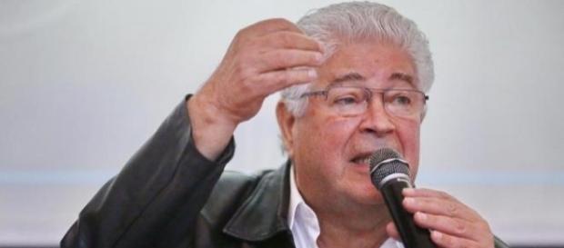 Roberto Requião criticou Lava Jato e manifestantes (Foto: Reprodução)
