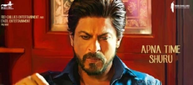 Shahrukh Khan in and as 'Raaes' (Twitter)