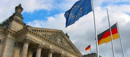 Ángela Merkel busca reforzar las políticas de asilo