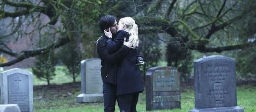Once Upon a Time Kills Off Robin Hood | POPSUGAR Entertainment - popsugar.com