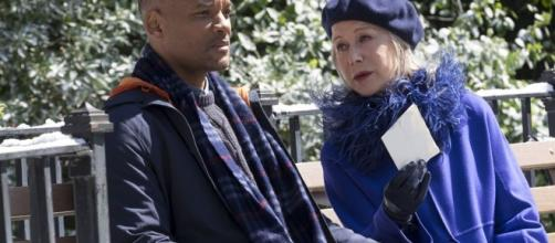 Will Smith (Howard) et Helen Mirren (Brigitte, La Mort) dans le film Beauté Cachée