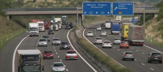 Autostrade in Germania, dal 2017 a pagamento