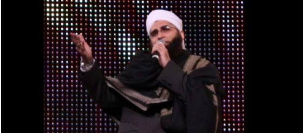 Junaid Jamshed / Photo by Joshua Sherurcij via Wikipedia