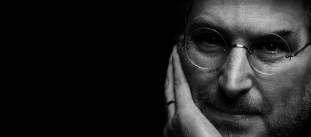 Parigi vuole intitolare una via a Steve Jobs