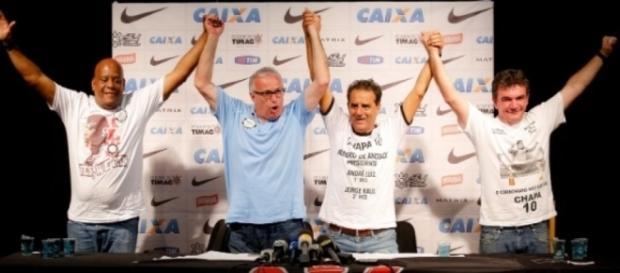 Roberto de Andrade sofre processo de impeachment no Corinthians