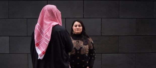 Streitgespräch mit einem Salafisten und einer liberalen Muslimin ... - zeit.de