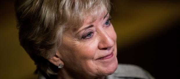 Wrestling exec Linda McMahon a top choice for Trump's small ... - politico.com