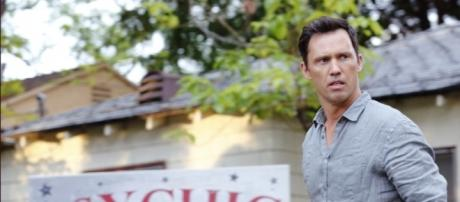 Shut Eye Trailer: First Look at The Jeffrey Donovan Hulu Series ... - indiewire.com