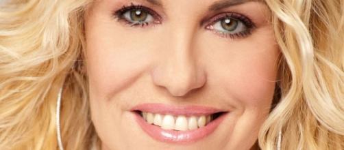 Antonella Clerici – Velvet Gossip Italia - rssing.com