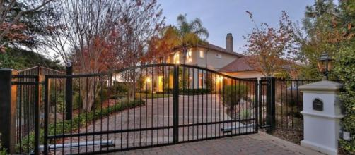 Colin Kaepernick Is Selling House In Bay Area - ThePostGame.com - thepostgame.com
