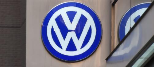 Report: US, Volkswagen in talks on criminal settlement for ... - politico.eu