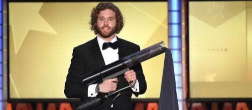 T.J. Miller será novamente o apresentador do Critics' Choice Awards.