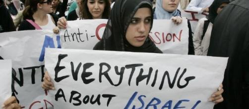 The BDS movement highlights the need to restore civil discourse on ... - insidehighered.com