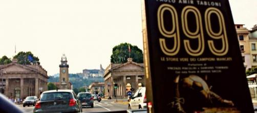 999 di Paolo Amir Tabloni a Bergamo.